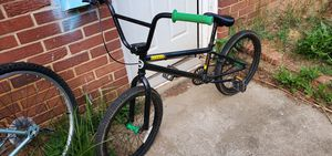 150$ bmx bike for Sale in Wheaton, MD
