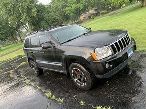 Jeep Grand Cherokee 2005 Limited 5.7 Hemi for Sale in Plano, IL