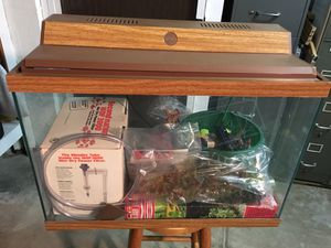 20g aquarium with all equipment needed for Sale in St. Louis, MO