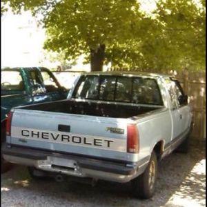 1991 Chevy Silverado 1500 Crew Cab 5 Speed Manual 350ci for Sale in Cranston, RI