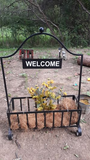 Welcome sign basket for Sale in Cave Spring, GA