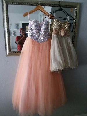 Cocktail Dresses sz 5 for Sale in Tampa, FL