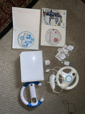 Wii console for Sale in Hollywood, FL