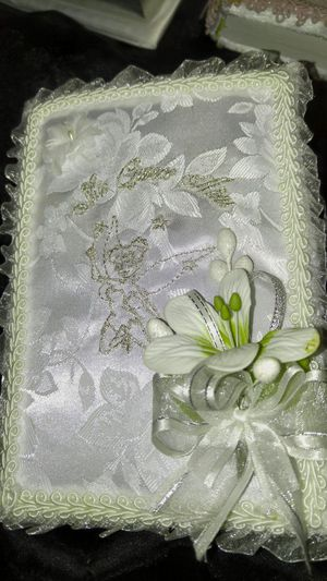 Quinceanera Bible echo a mano for Sale in Phoenix, AZ