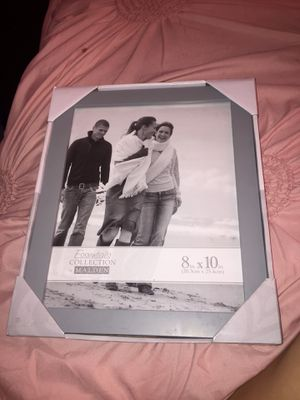 Picture Frame 5 dollars brand new 😀 Size 8in. X 10in. for Sale in Columbus, OH