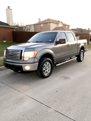 2012 ford f150 xlt 4X4 for Sale in Dallas, TX