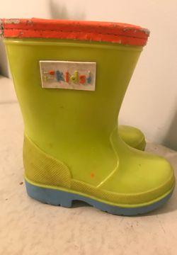 Kids sized 5 snow/rain boots for Sale in Acworth,  GA