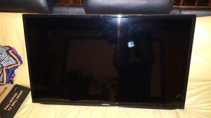 Samsung smart TV flatscreen for Sale in Renton, WA