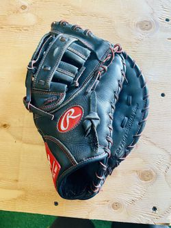 """Rawlings R9 Series 12"""" Youth First Base Mitt for Sale in Winchester,  CA"""
