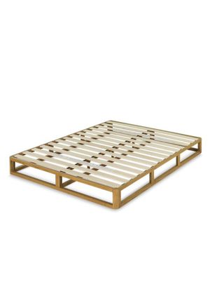 8 Inch Wood Bed Frame Mattress Foundation - QUEEN for Sale in Springfield, MO