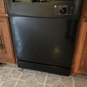 GE Dishwasher Black for Sale in Laurel, MD