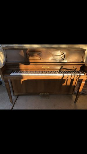 Perfect condition Real wood for Sale in Glendale, AZ