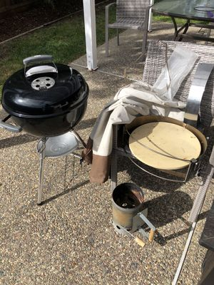 Weber BBQ Grill with Pizza Extension and Stone for Sale in Sunnyvale, CA