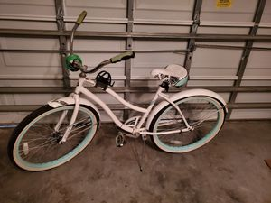 Huffy cruiser bike for Sale in Clermont, FL