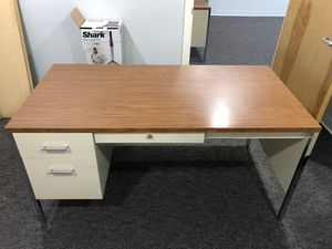 Metal desk with wood top for Sale in Lincoln, RI