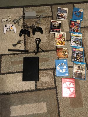 32 GB Nintendo Wii U Consul controllers and games for Sale in Galloway, OH