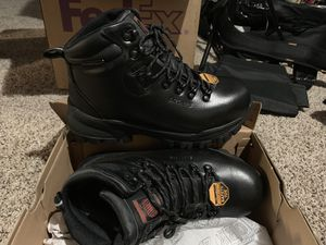 Skechers work boots 7.5 for Sale in Valley View, OH