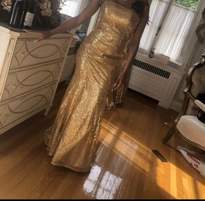 Gold sequin prom/bridesmaid dress for Sale in Washington, DC