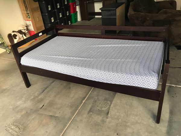 Twin bed or day bed with memory foam matress