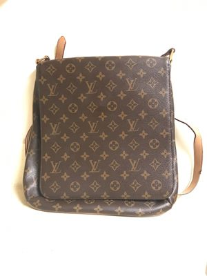 Louis Vuitton Messenger Bag for Sale in Waldorf, MD