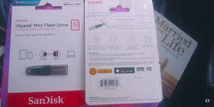 2 SanDisk 32GB for Sale in Tucson, AZ