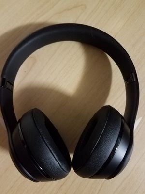 Beats Solo 3 wireless headphones for Sale in Everett, WA