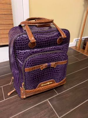 Samantha Brown 2 piece purple luggage set for Sale in Wood Dale, IL