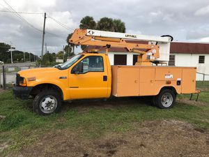 Ford F450 Bucket Truck Super Duty 7.3l Diesel for Sale in Miami, FL
