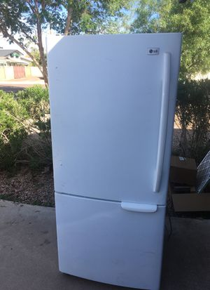 LG refrigerator for Sale in Scottsdale, AZ