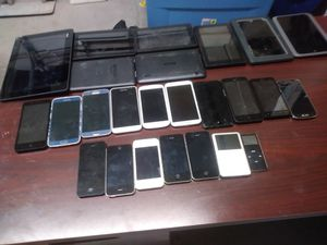 Multiple working & non working iphones galaxies lg samsung etc phones & tablets for Sale in Marietta, GA