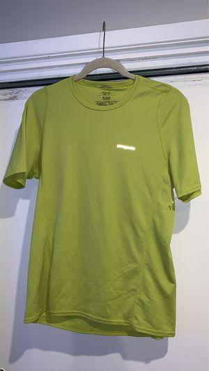 Patagonia men's medium hiking shirt t shirt for Sale in Paramount, CA