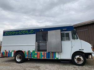 Food Truck Freightliner MT55 diesel 10kw generator for Sale in Marengo, OH