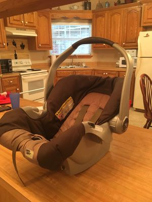 Graco Rear Facing Car Seat for Sale in Harlingen, TX