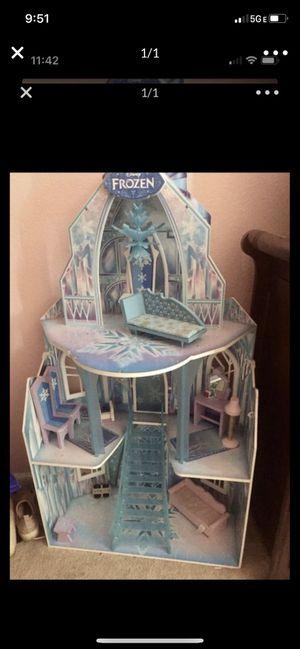 Frozen doll house for Sale in Lodi, CA