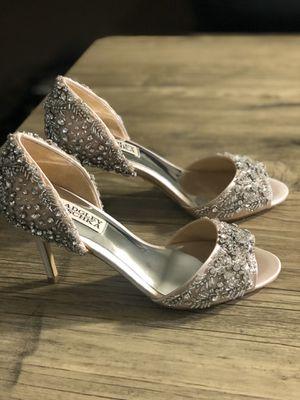 Badgley Mischka blush pink heels for Sale in Braintree, MA