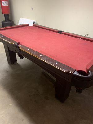 Pool table —Free for Sale in Carpentersville, IL