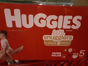 Huggies Little Snugglers 104 count SIZE 4 & 5 for Sale in Corinth, TX