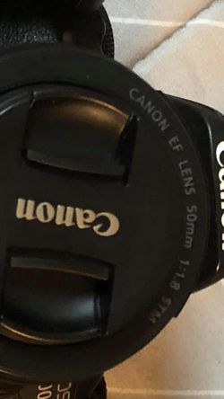 Camera Canon 600D for Sale in Brooklyn,  NY