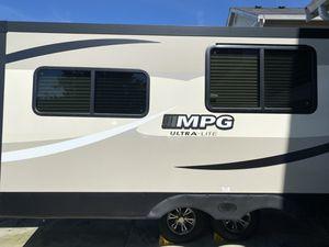 2017 Cruiser RV MPG Ultra-Lite 2790DB for Sale in Edgewood, WA