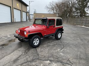 2000 wrangler Sport 4cyl 5 spd all tops 4wd for Sale in Des Plaines, IL