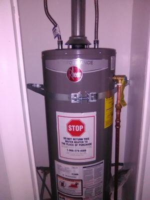 Rheem 40gallon for Sale in Fresno, CA