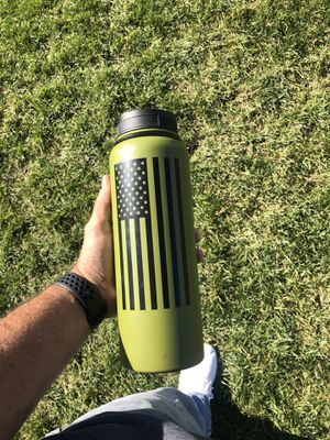 American Flag 40oz hydro flask for Sale in Brighton, CO