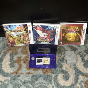 Nintendo 3DS with five games and a charger for Sale in Austin, TX