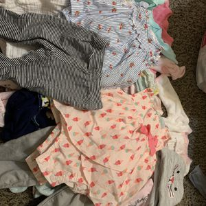 newborn baby girl clothes from 0 to 3 months for Sale in Irving, TX