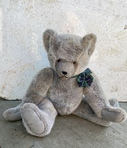 Vintage 1930s Wind Up Teddy Bear..Marked 1 out of 581 for Sale in Vallejo, CA