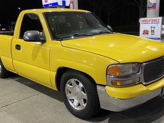 2002 GMC Sierra 1500 SLE Regular cab Short Bed for Sale in Federal Way,  WA