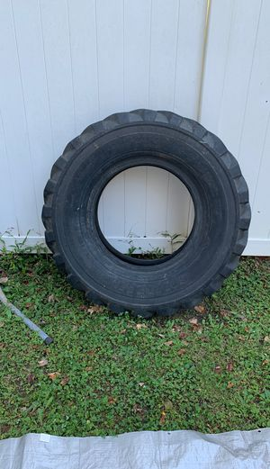 Workout/strongman Tire for flipping for Sale in Virginia Beach, VA