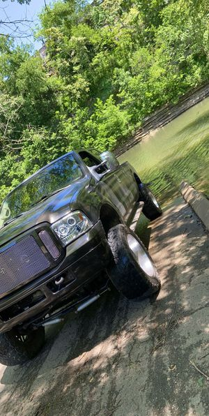 2000 Ford F-350 single rear, 7.3l turbo diesel 4wd, automatic transmission for Sale in Carthage, TN