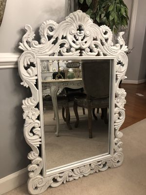 """""""SERIOUS BUYERS ONLY"""" 43""""X29"""" large Ornate Hand CarvedVery Antique Wooden Mirror In Old White Finish for Sale in Gainesville, VA"""