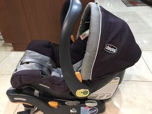 Chico baby seat and stroller combo for Sale in Hialeah, FL